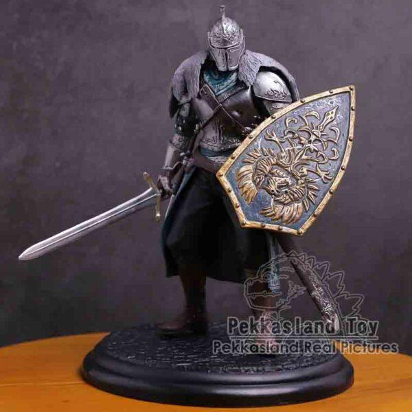 Figura coleccionable almas oscuras Faraam caballero con escudo