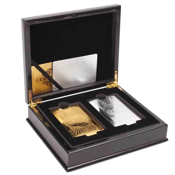 Juego de 2 naipes papel plata y oro con caja madera