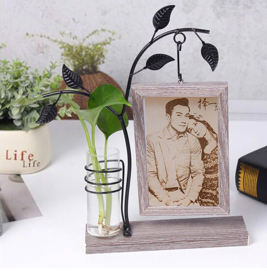 Fotograbado en madera con marco de hierro
