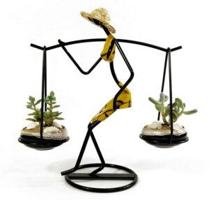 soporte decorativo para flores en hierro