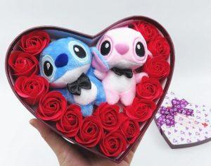 Cajitas de corazón con peluches de Stitch